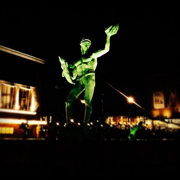 Fått dåligt samvete för Stockholmsfärd och därför besökt Poseidon på Götaplatsen.